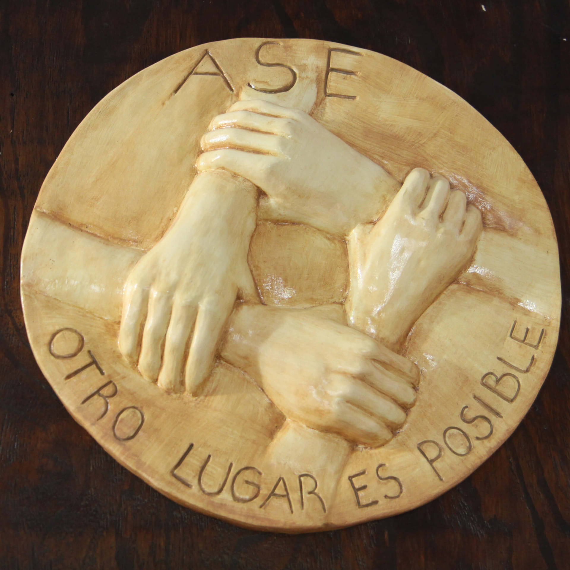 Ase logo relief 2400